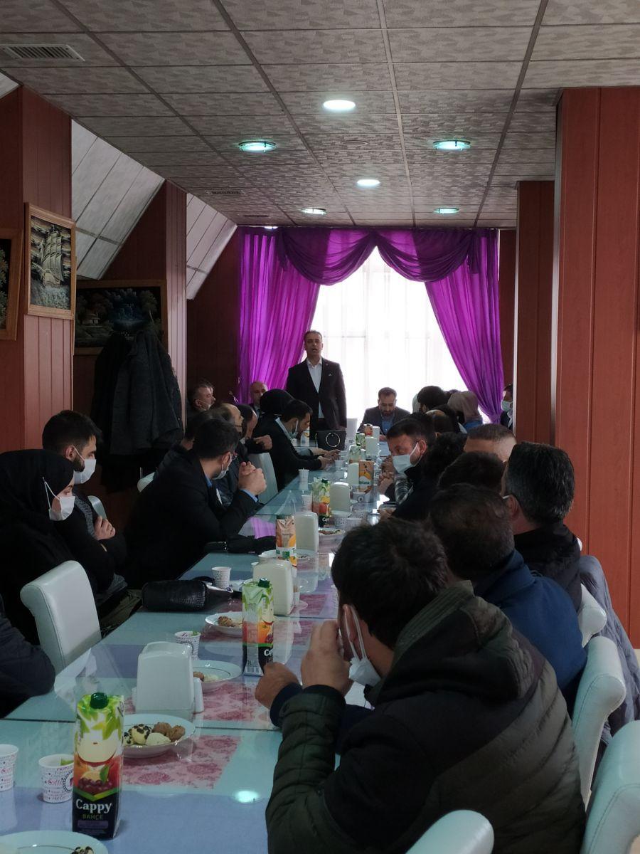 Genel Başkan Yardımcısı Sayın Ramazan ÇakıcI ile Beraber Yüksekova İşyeri  Temsilcileri ile Buluşmamız.